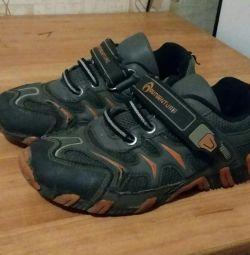 Παιδικά πάνινα παπούτσια. Στην εσωτερική σόλα 17-17,5 cm.