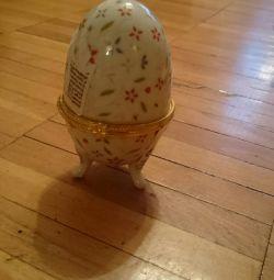 Egg Casket