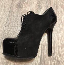 Μπότες αστράγαλο 38 μέγεθος. Ιταλία