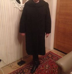 Palton de blană Astrakhan dimensiunea 48-50