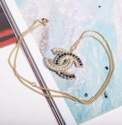 Pandantiv cu lanț Chanel