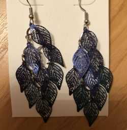 Earrings of leaves. New! Bijouterie