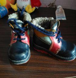 Ботинки зимние 21размер