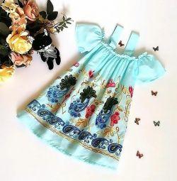 Нове літнє плаття з вишивкою