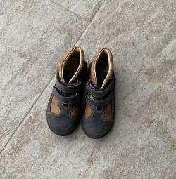 Μπότες από την εποχή της Ισπανίας