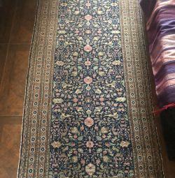 Turkish woolen carpet 210 * 91cm