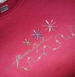 Βαμβάκι T-shirt για ένα κορίτσι με την ανάπτυξη των 134