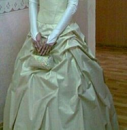 Плаття на випускний