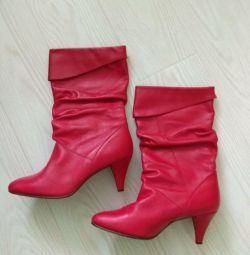 Bayan botları