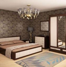 Спальный гарнитур Валерия-4