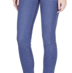 Фирменные джинсы Levi's