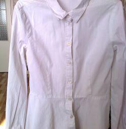 школьные блузки . бу.