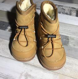 Детские зимние ботинки , натуральная овчина