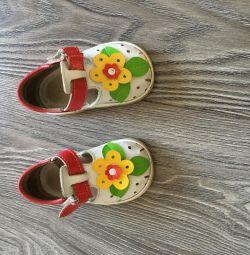 Sandale pentru grădină