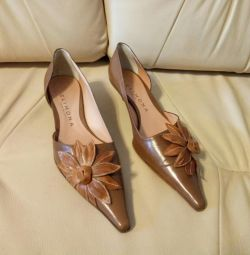 Italian shoes (leather) NEW