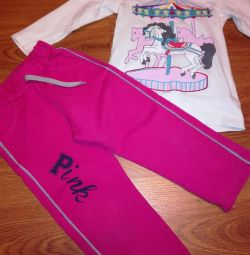 Sports pants with a t-shirt for 2-3 years