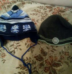 Two hats for 2-3 years
