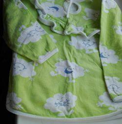 Pijamale calde (pulover), timp de 3-4 ani.