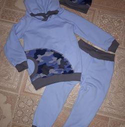 Τα κοστούμια είναι καινούργια, για το αγόρι. 86-110