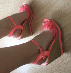 Orijinal yazlık sandalet