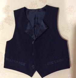 3-4 year vest