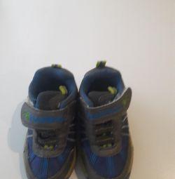 Koşu ayakkabıları s.22