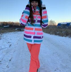 Новый горнолыжный костюм Roxy, летние цены