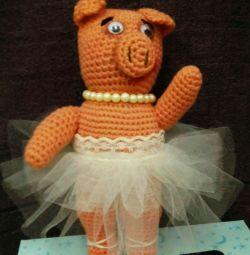 Pig - ballerina