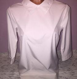 Λευκή μπλούζα νέα