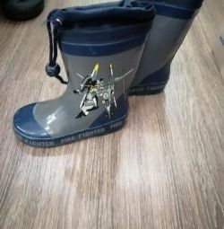Rubber boots size 27
