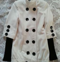 Пальто димесезон короткое