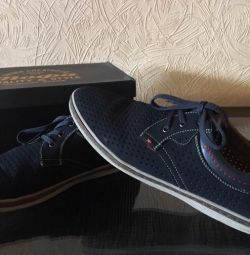 Pantofi pentru bărbați