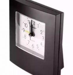 Кварцевий годинник. Обмін.