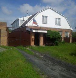 Casă de vânzare în satul Krasyukovskaya