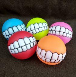 Мячики с зубами
