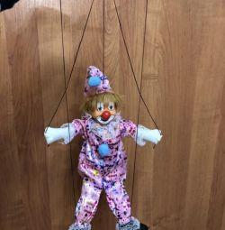 Puppet clown ?