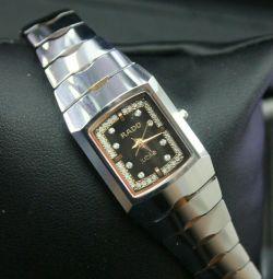 Жіночі годинники rado вальфрам