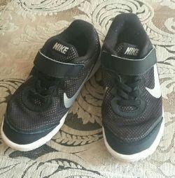 Sneakers original Nike.
