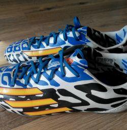 R.32 (20.5cm) Adidas Football Boots Spike