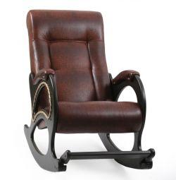 Κουνιστή καρέκλα με υποπόδιο