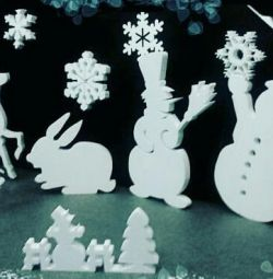 Снежинки и фигурки из пенопласта