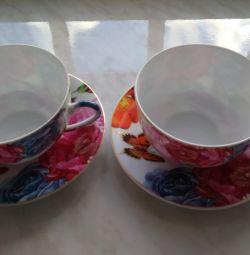 Porcelain: a new tea pair with butterflies