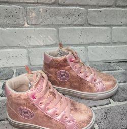 черевички дитячі