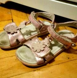 Sandals p. 31 shoes baby girl