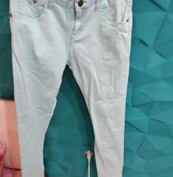 Голубве джинсы новые S
