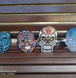 Masks are luminous