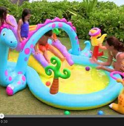 Centrul de joacă pentru gonflabile