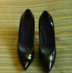 Corsocomo pantofi 37 p lac ultrafashion