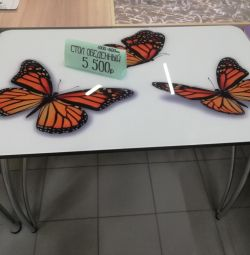 Нові кухонні столи з фотодруком