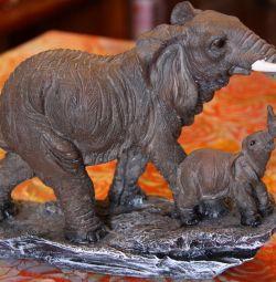 Figurine Elephant cu un elefant